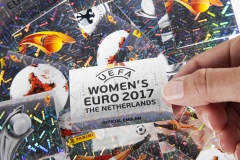 Panini_Frauen-EM-2017_Sticker-Collage-Glitzer