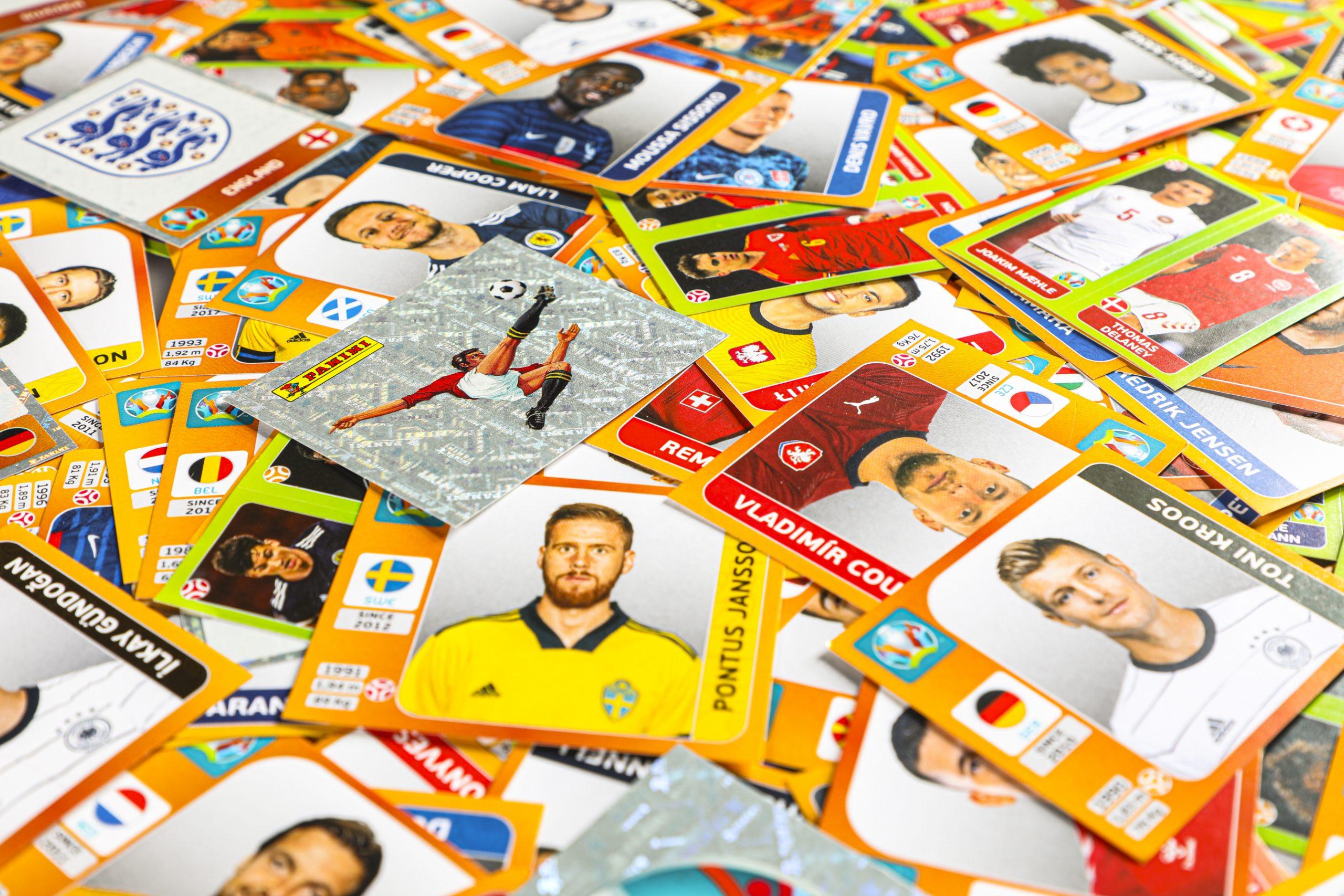 Panini_Euro2020_Collage-Glitzersticker-Panini-Fussballer